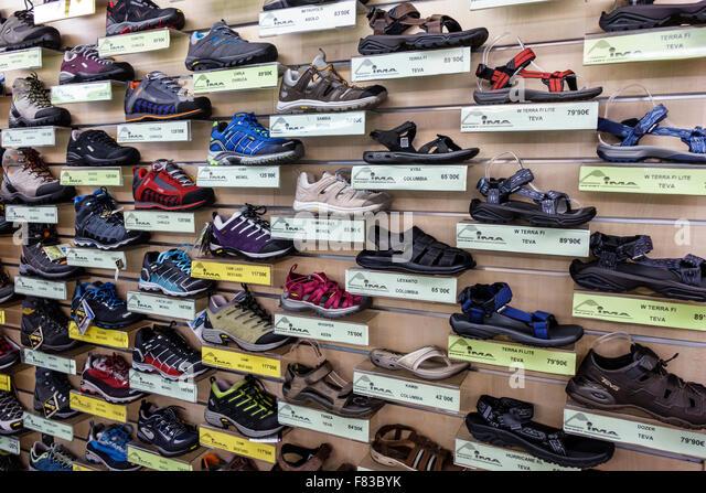 Spain Europe Spanish Hispanic Madrid Centro Barrio de La Latina Cima Sport sporting goods store business shoes footwear - Stock Image