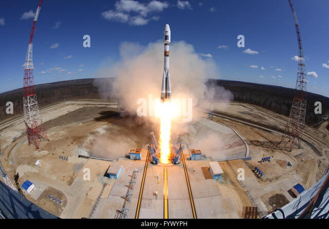 Moscow. 28th Apr, 2016. Photo taken on April 28, 2016 shows the launch of the Soyuz-2.1a carrier rocket with three - Stock Image
