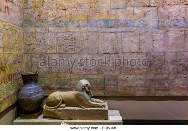 queen-hatshepsuts-mortuary-temple-at-dei