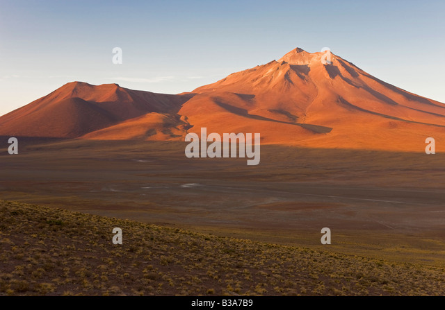 South America, Chile, Antofagasta Region, Atacama desert, Los Flamencos National Reserve, altiplano, Cerro Miniques - Stock Image