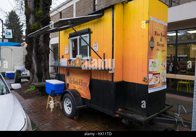 EUGENE, OR - MARCH 9, 2017: Rice Bowl and Biryani food truck on the University of Oregon campus. - Stock Image