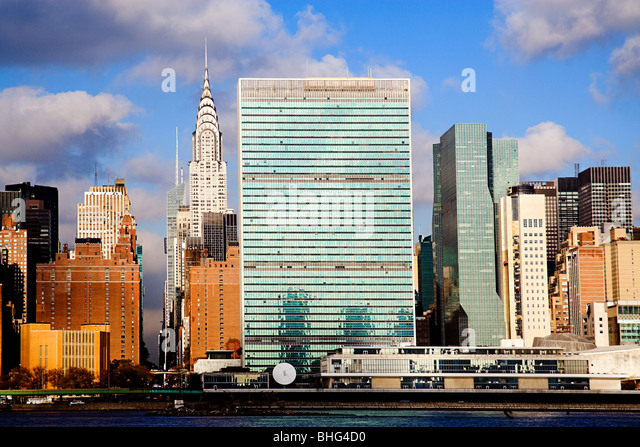 United nations building and skyscrapers new york - Stock Image