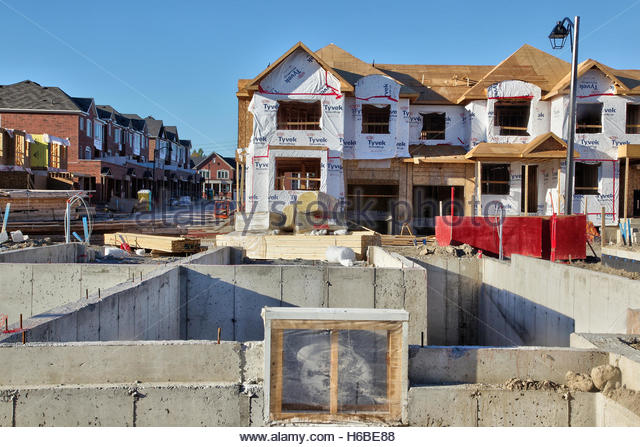 Houses under construction stock photos houses under for Building a house in ontario