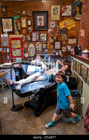 Tattoo parlor stock photos tattoo parlor stock images for My tattoo shop hollywood
