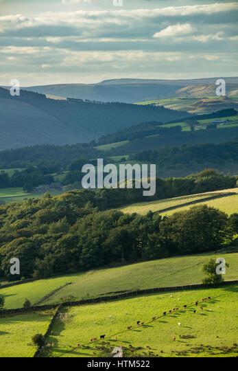Callow Bank & Stanage Edge from Millstone Edge, nr Hathersage, Derbyshire Peaks District National Park, England, - Stock-Bilder