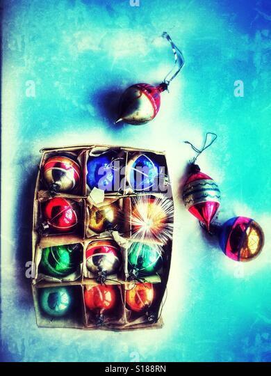 Vintage Christmas tree baubles seen from above. - Stock-Bilder