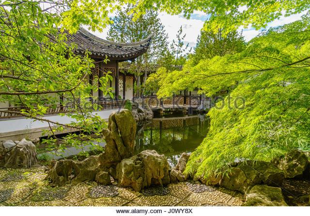 Scholar 39 s rock stock photos scholar 39 s rock stock images alamy for New york chinese scholar s garden
