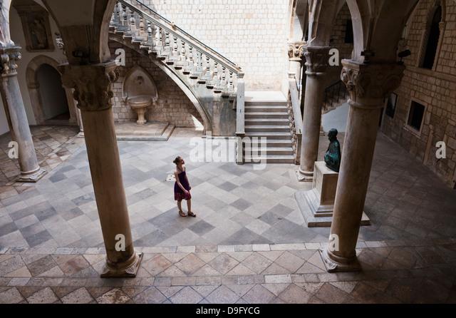 Tourists visiting the Rectors Palace, Dubrovnik, Croatia - Stock Image