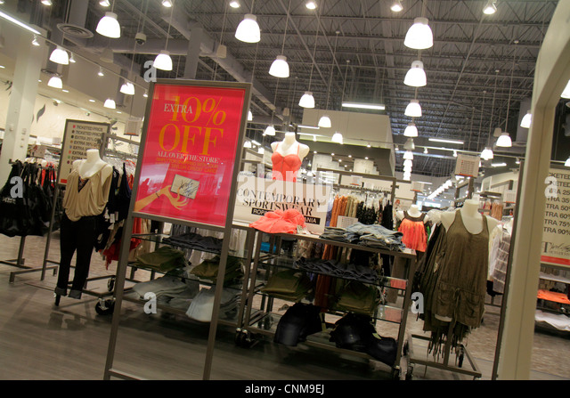 Lord And Taylor Outlet Store Long Island