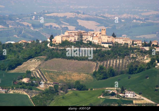 Charming historic hilltown  in Le Marche,Italy - Stock Image