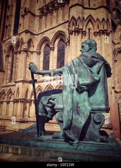 Emperor Constantine statue York - Stock Image