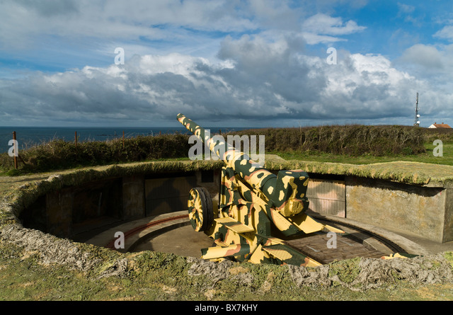 dh Pleinmont TORTEVAL GUERNSEY Second World War German naval gun emplacement Hitlers Atlantic Wall - Stock Image