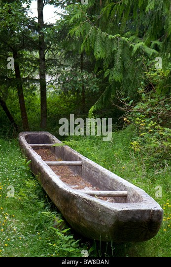 Replica of a dugout canoe at Fort Clatsop National Memorial near Astoria, Oregon, USA. - Stock Image