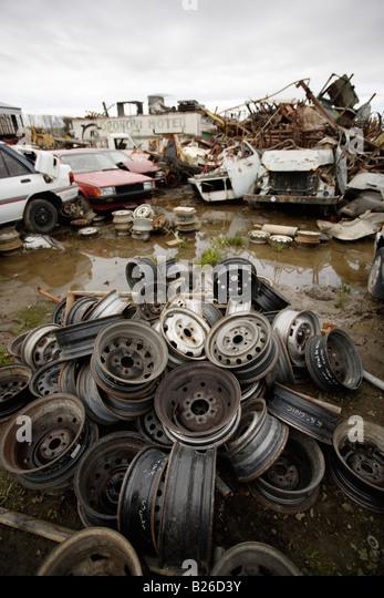 car breakers in london kent car parts scrap cars. Black Bedroom Furniture Sets. Home Design Ideas