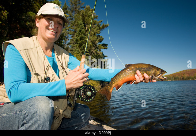 how to catch lake trout in summer