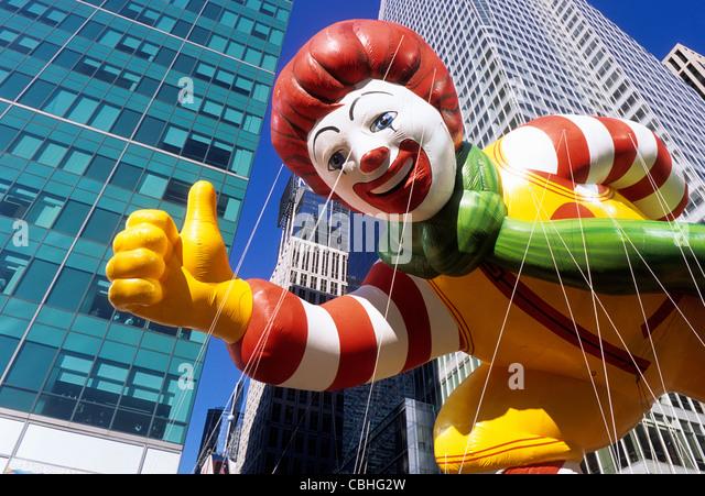 New York City Macy's Thanksgiving Day Parade Ronald McDonald Balloon Sandra Baker - Stock Image