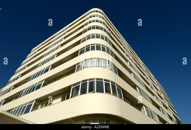 The newly restored Art Deco apartment building Embassy Court Brighton - Stock-Bilder