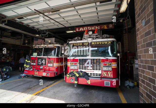 Parking fire engines, Manhattan, New York, USA - Stock Image