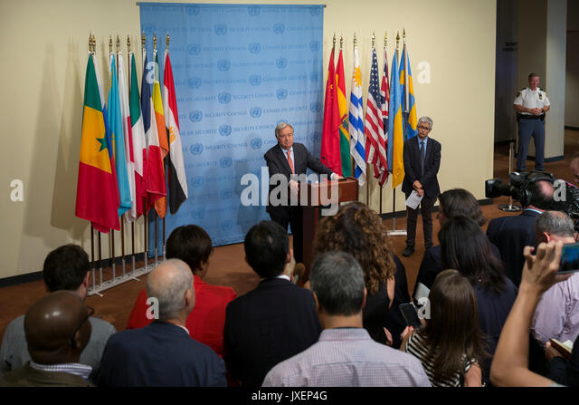 United Nations. 16th Aug, 2017. United Nations Secretary-General Antonio Guterres (C) speaks to the press during - Stock Image