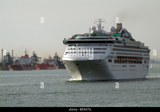 Sea Princess Cruise Stock Photos Amp Sea Princess Cruise