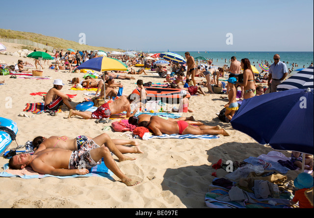 Nudist beach ile de re masturbation photo 19