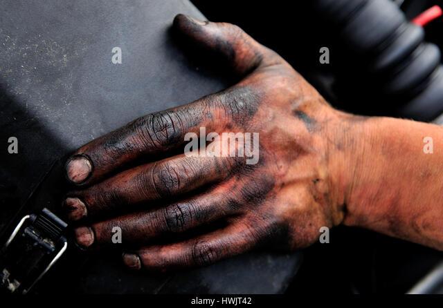 Dirtily stock photos dirtily stock images alamy for Four man rubber life craft
