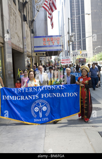 International Immigrants Parade, NYC: - Stock-Bilder