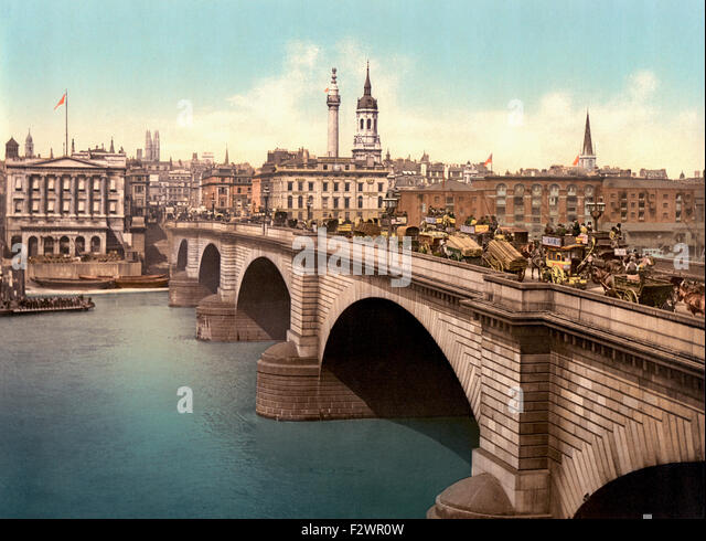London, England.  London Bridge spanning the River Thames.  This late 19th century photograph shows the Victorian - Stock Image