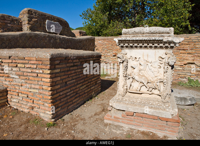 ostia antica an overlooked archaeological site T he harbour city of ancient rome, ostia antica is possibly one of the most overlooked archaeological sites in italy well, that's great news for history buffs visiting rome, and for anyone wishing to escape the hustle and bustle of the city.