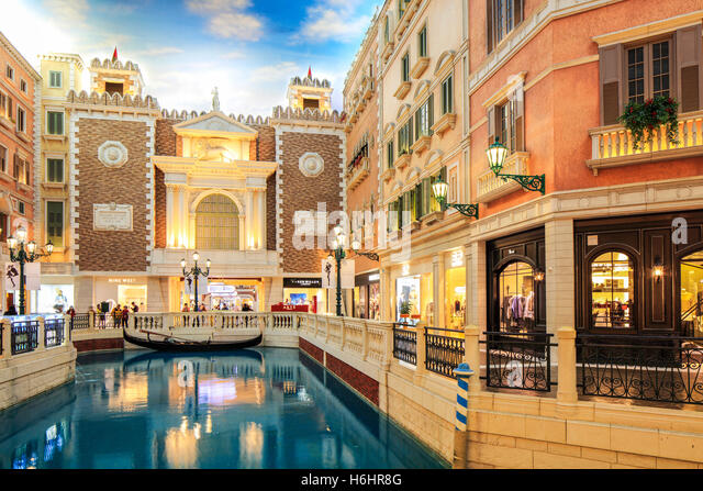 The Grand Canal Shoppes inside the Venetian Hotel, Cotai, Macao. - Stock Image