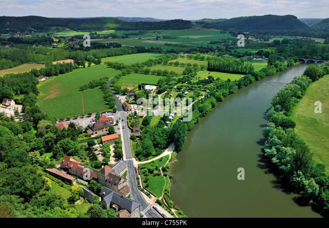 France, Perigord: View from Chateau de Beynac to the Dordogne-Valley - Stock Image
