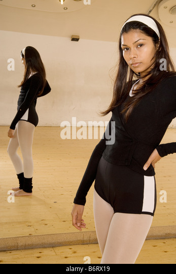 Poertriat of a female dancer with reflection - Stock Image