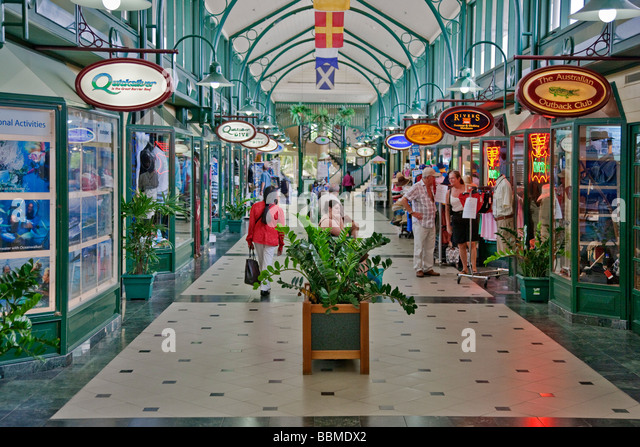 Austrailia, Queensland. Marina Mirage, a popular shopping Mall at Port Douglas harbour. - Stock Image