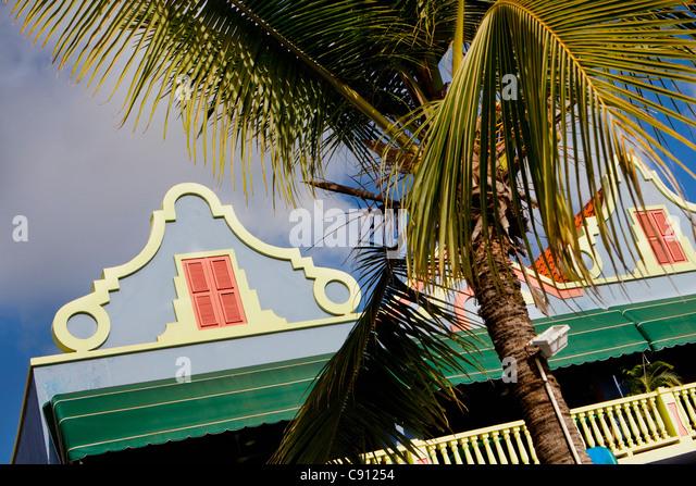 The Netherlands, Bonaire Island, Dutch Caribbean, Kralendijk, Old Dutch style architecture. - Stock-Bilder
