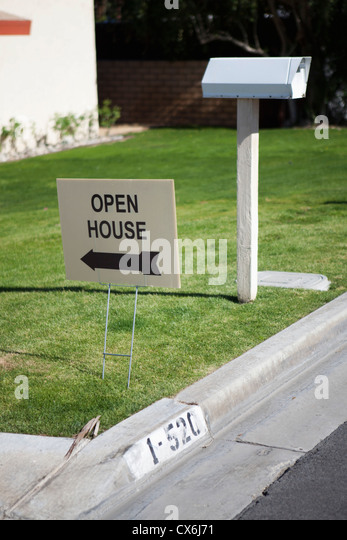 An OPEN HOUSE sign - Stock Image
