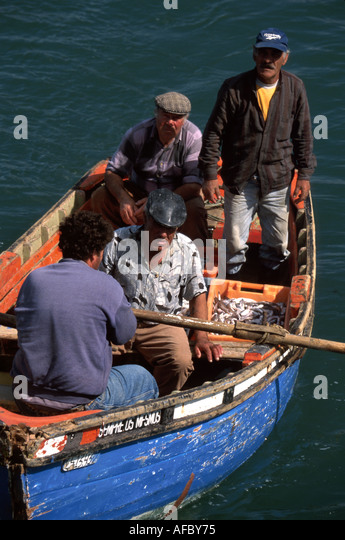 Portugal Cascais Atlantic Coast Praia do Peixe Fisherman's Beach mestre do mar fishermen boat - Stock Image