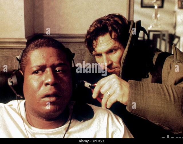 FOREST WHITAKER & JEFF BRIDGES BLOWN AWAY (1994) - Stock Image
