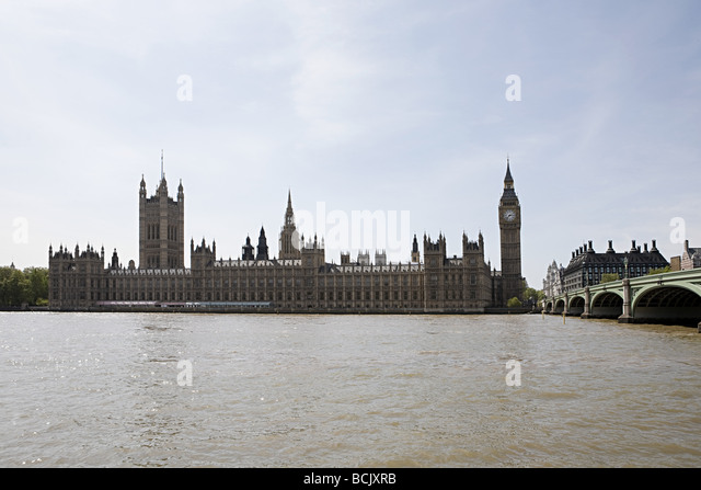 Houses of parliament and thames river - Stock Image