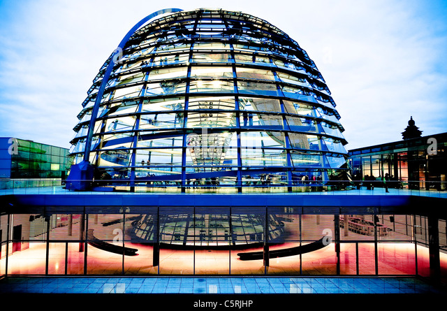 Dome of the Reichstag in the evening, government quarter, Berlin, Germany, Europe - Stock-Bilder