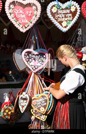 Oktoberfest, traditional gingerbread hearts, Munich, Bavaria, Germany - Stock-Bilder