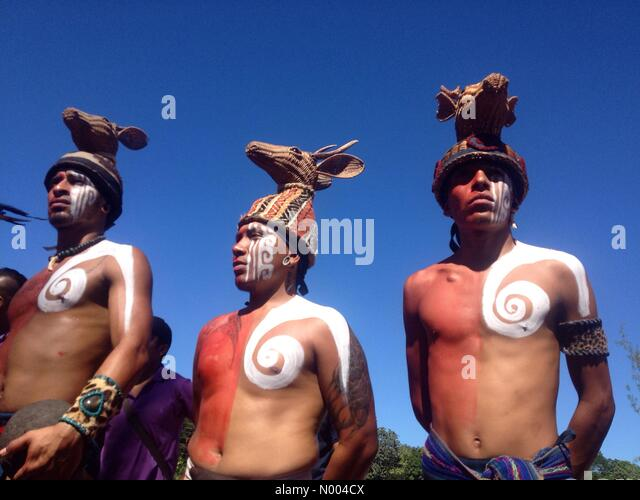 Yucatán, Mexico. 19th Sep, 2015. Mayan players from Playa del Carmen at the first ¨Pok Ta Pok¨ ritual - Stock Image