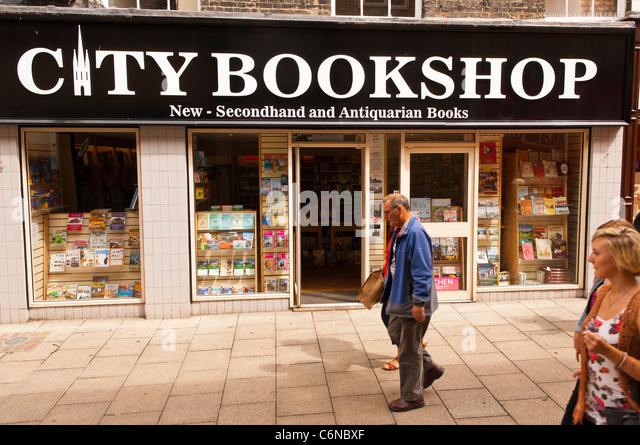 book shop exterior stock photos book shop exterior stock images alamy. Black Bedroom Furniture Sets. Home Design Ideas