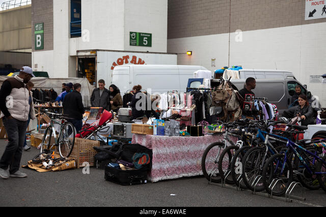 New Covent Garden Flea Market in Vauxhall Nine Elms - London UK - Stock Image