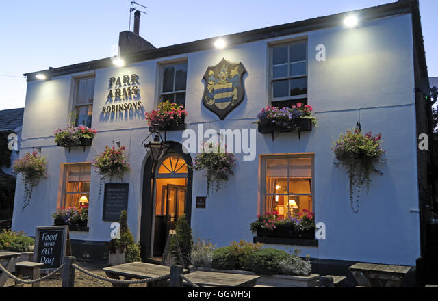 Parr Arms Pub,Grappenhall Village,Warrington,Cheshire,England, UK at night - Stock Image