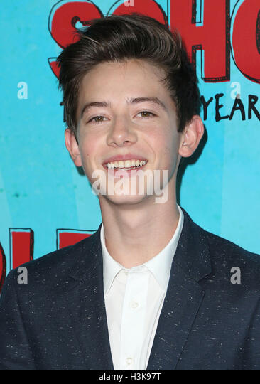 Hollywood, California, USA. 5th Oct, 2016. 05 October 2016 - Hollywood, California - Thomas Barbusca. ''Middle - Stock-Bilder