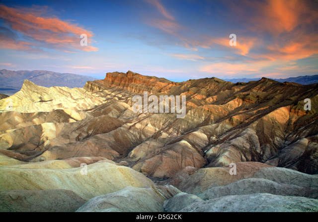 Manley Beacon (L), Cathedral Rock (R) and badlands, Zabriskie Point, Death Valley National Park, California USA - Stock Image