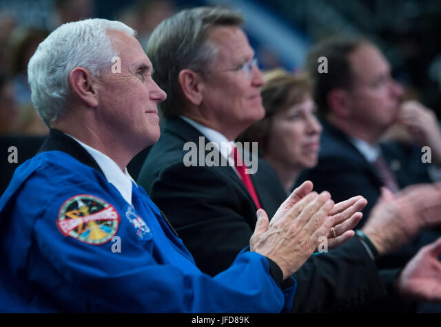 Vice President Mike Pence applauds during an event where NASA introduced 12 new astronaut candidates, Wednesday, - Stock Image