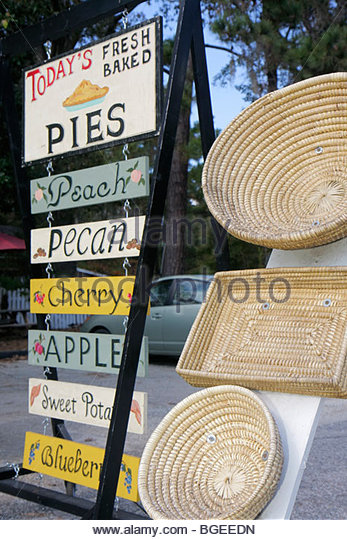 South Carolina Yemassee Carolina Cider Company shop shopping store business Southern gifts home made pies sign pecan - Stock Image