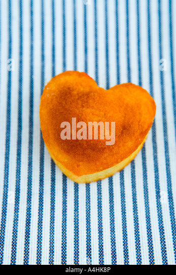 Heart Shaped Sponge Cake Recipe