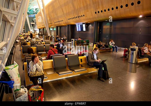 Waiting - Zürich Airport Flughafen, Zurich, Switzerland - Stock Image